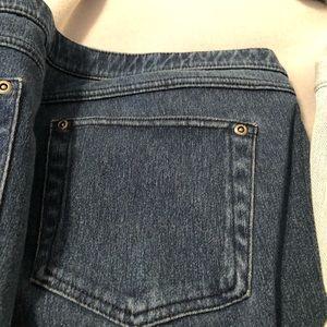 HUE Jeans - Hue jean capris dark & light